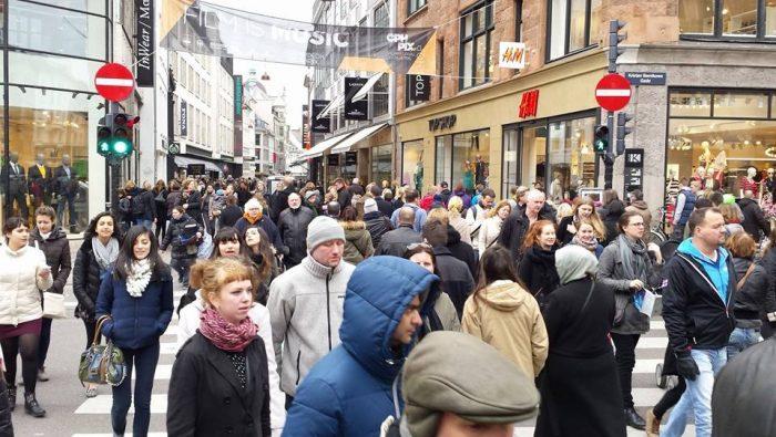 Billede: Angsteksponering / træning. Strøget København.
